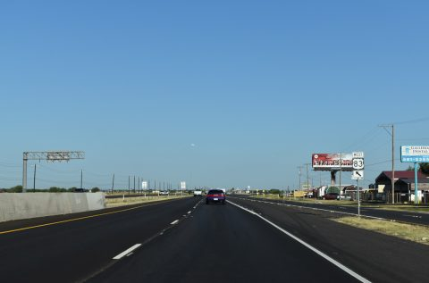 IH 2/US 83 west at Showers Rd - Palmview, TX