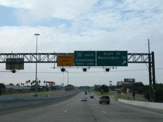IH 35 south at Scott St - Laredo, TX