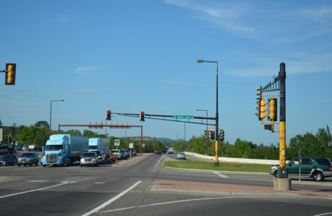 London Rd north at I-35/MN 61 - Duluth, MN