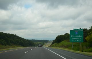I-66 west at I-81 - Warren County, VA
