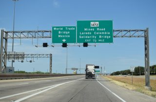 IH 69W/US 59 south at FM 1472 - Laredo, TX