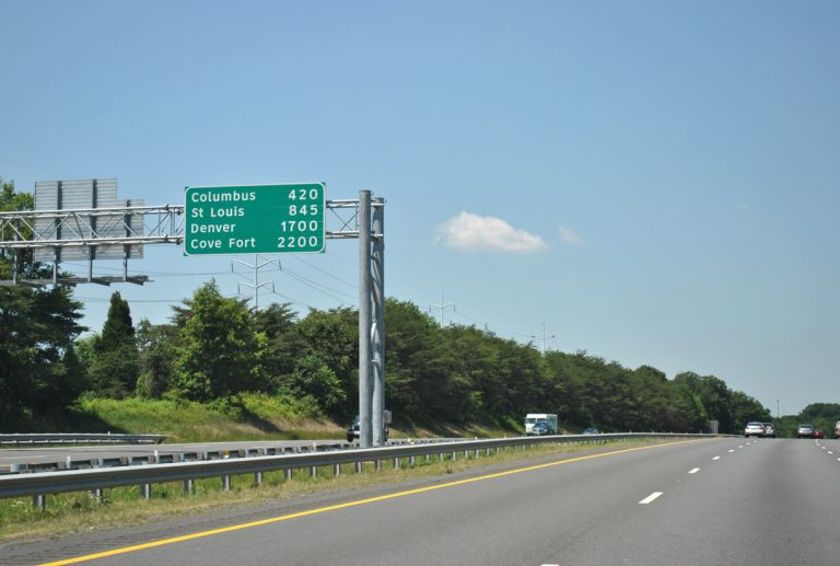 I-70 west long distance mileage sign - Baltimore, MD