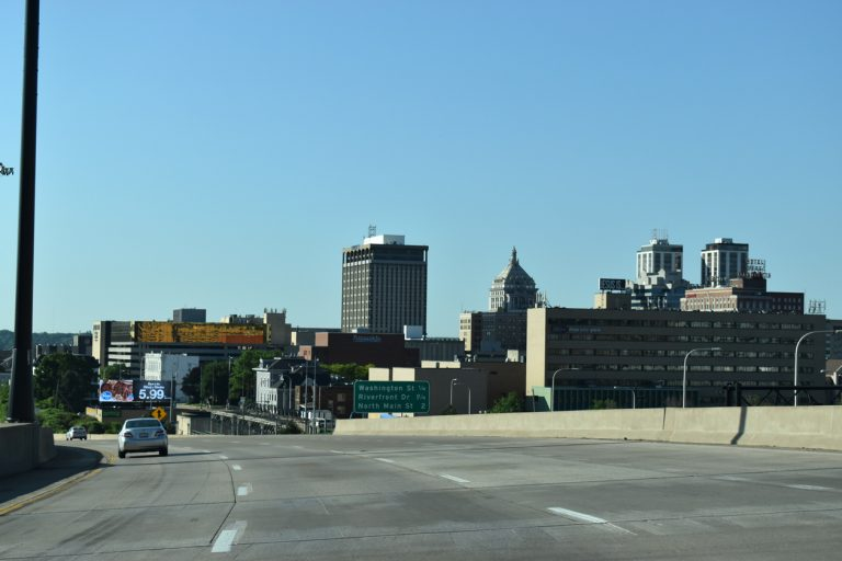 I-74 east - Downtown Peoria, IL