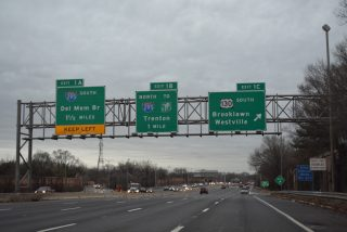 I-76 east at US 130 - Gloucester City, NJ