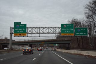 I-76 east at I-295 - Gloucester City, NJ