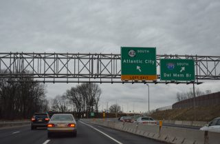 I-76 east at I-295/NJ 42 - Gloucester City