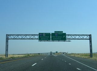 I-84/US 30 east at I-82 - Hermiston, OR