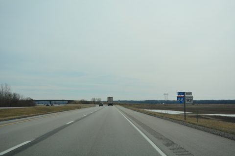 I-88/IL 92-110 east at Old IL 2 - East Moline
