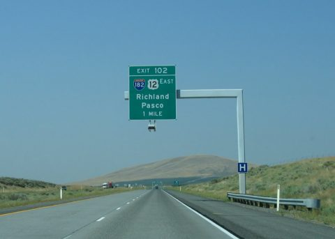 I-82 west at I-182/US 12 - Richland, WA