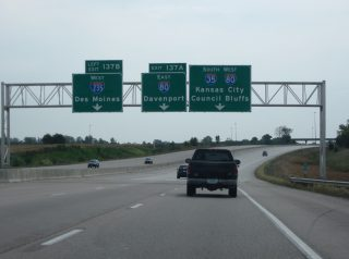 I-35 south at I-80/235 - Ankeny, IA