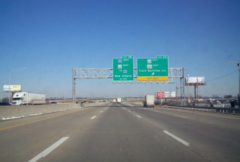 I-65 north at I-265/SR 62 - Clarksville, IN