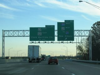 I-65 south at I-265/SR 62 - Clarksville, IN