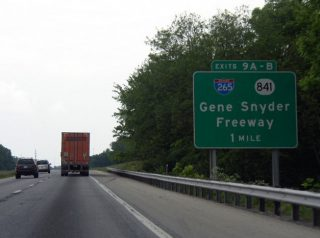 I-71 north at I-265/KY 841 - Louisville