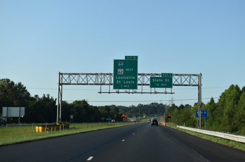 I-265/SR 62 west at I-64/US 150 - New Albany, IN