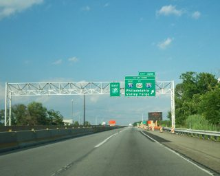 I-76/PA Turnpike east at I-276 - Valley Forge