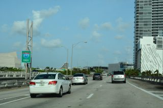 I-395 east at US 1/SR A1A - Miami, FL