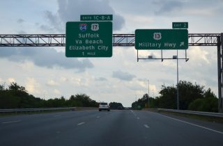 I-464 south at I-64/US 17/SR 168 - Chesapeake, VA