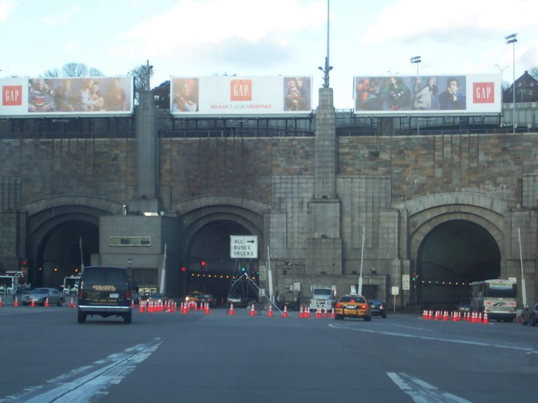 NJ Route 495 east at Lincoln Tunnel
