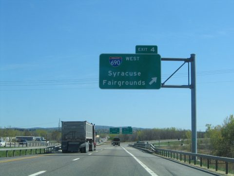 I-481 south at I-690 - East Syracuse, NY